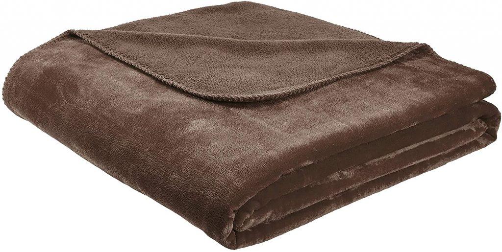 Micro Plush Blanket (microfleece vs fleece)